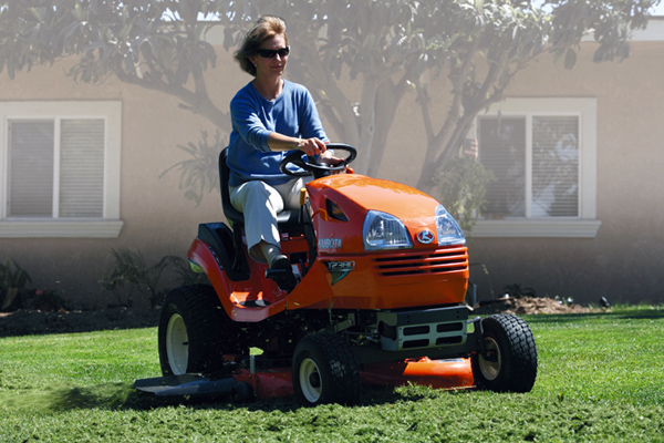 Kubota | Lawn & Garden Tractors | T Series for sale at Pioneer Equipment California